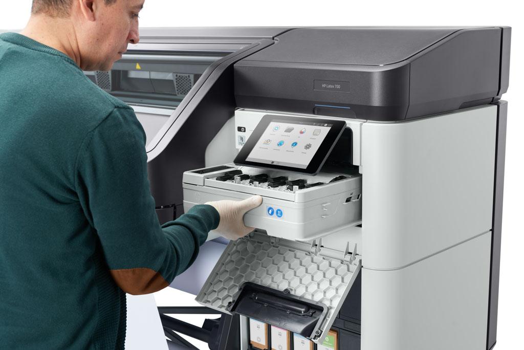 HP Latex 700